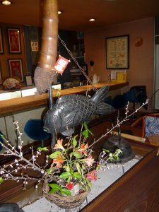 日田三隈川に恒例のバレンタインのアイアイ傘のイルミネーションがございます