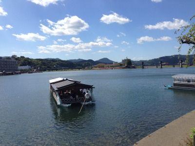 九州の日田盆地で屋形船 おおいた温泉県